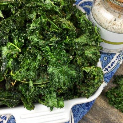 Crispy Kale Chips (Keto/Gluten-Free/Vegan Friendly)